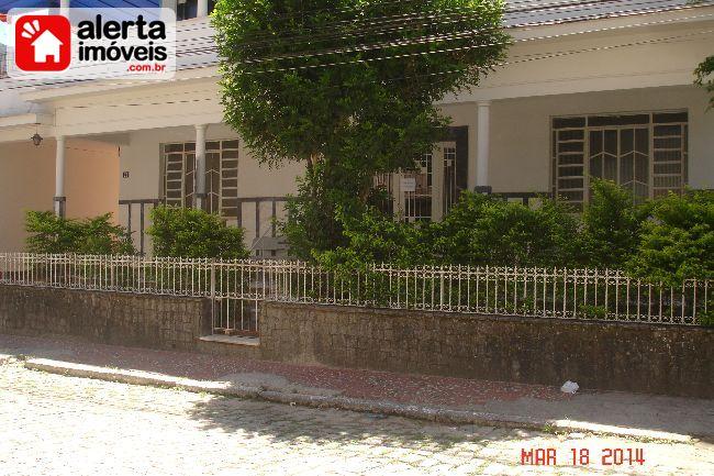 Casa - Aluguel:  Centro, Rio Bonito - RJ