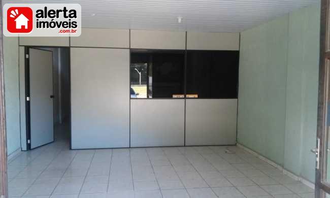 Loja - Aluguel:  Olaria, Rio Bonito - RJ